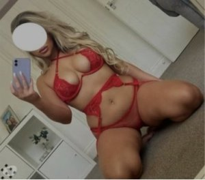 Ritaje escorts in Weymouth Town, MA